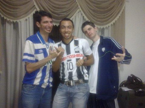 Equipe (em partes) futebol nas coxa. (Respectivamente: Carioca, Felipe Santista e Bruno Rosik)
